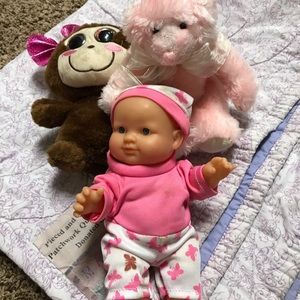 3 toys and a ballet girl blanket